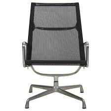 Aluminum Group Lounge Chair Charles Eames Chair Stock Photos Herman Miller Alinum Group Side Outdoor Management Classic Lounge Ottoman In Whipigmented Walnut White Leather Ea 108 Alinium Armchair Black Polished Base Vitra 222 Soft Pad Wwwmahademoncoukspareshtml Tall Ash Chairs 117 118 119 Design Et Ray
