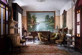 verlassenes antikes wohnzimmer robroek