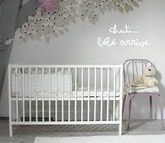 préparer chambre bébé conseils pour préparer la chambre de bébé avant sa naissance