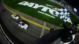 100 Nascar Truck Race Results Kurt Busch Bubba Wallace 4 Others Involved In Early Wreck At Daytona