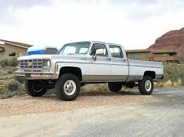 100 70s Chevy Trucks Chevy 4x4 3x3 Cool Truck Like Color Combination Old