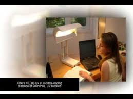 sadelite 10 000 spectrum light therapy desk l for sad