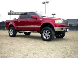 Red Lifted Ford F-150 | Camionetasymas.com | Pinterest | Ford ...