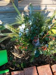 Cemetery Decoration For Christmas