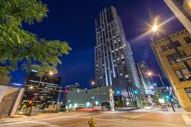 100 Four Seasons In Denver This 475 Million Modern Apartment Has Some Of The Best Views Of