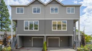 100 Triplex Houses Beaverton OR Duplex Homes For Sale 4 Homes Zillow