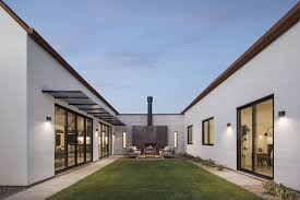 100 Modern Homes With Courtyards Canal House By The Ranch Mine Architecture House House Design