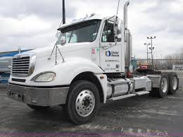 2006 Freightliner Columbia Semi Truck | Item E7187 | SOLD! A...
