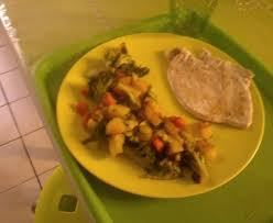 cuisiner les carottes poêlé de brocolis carottes et pommes de terre recette de poêlé de