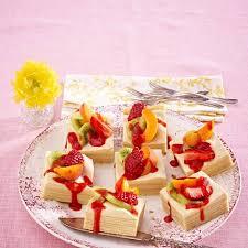 baumkuchen mit amarula creme und frischen früchten