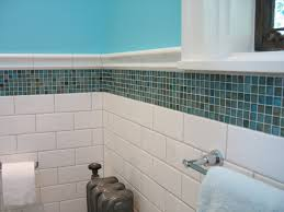 easy blue and white bathroom decorating feature white subway tiles