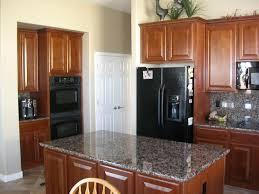 Stainless Steel Range Hood Dark Color Granite Countertops Kitchen Ideas Black Appliances Countertop Indoor Bucket Planter