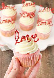 Strawberry Cupcakes with Cream Cheese Frosting the love toppers make them the perfect treat for