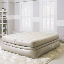 Aerobed Raised Queen With Headboard by Aerobed Luxury Raised Airbed With Built In Pump U0026 One Touch