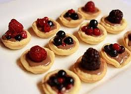 berry canapes flying canapē catering perth
