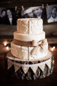 Rustic Lace Wedding Cake With Burlap