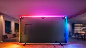 mehrfarbiger lightstrip signify kinoatmosphäre im