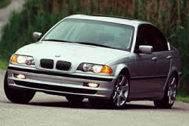 2000 BMW 323 Overview