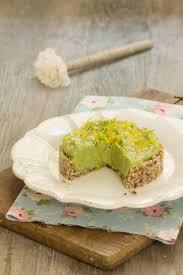 tarte crue à l avocat de lili du au vert avec lili
