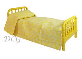 Molly s Yellow Bed & Bedding