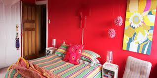 schlafzimmer wandfarbe ideen für grelle schlafzimmer far