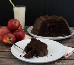 schokoladen gugelhupf mit apfelmus katha kocht