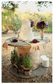 Rustic Wedding Cake Tablei Might Need To Do Purple For My Fall