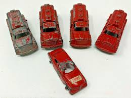 100 Tootsie Toy Fire Truck Vintage 5 TOOTSIETOY FIRE TRUCKS AND FIRE CHIEF 191897H