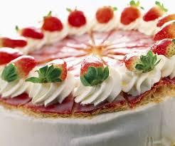 erdbeer joghurt kuchen mit blätterteig