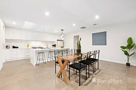 100 Boonah Furniture Court 7 Templestowe Lower