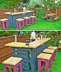Is That A Pallet Swimming Pool 24 DIY Outdoor Furniture Creations And Big Builds
