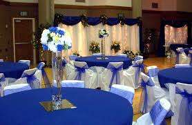 Modern Blue Wedding Decoration Ideas