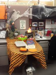Cubicle Decoration Ideas In Office by Top 15 Office Halloween Themes And Decorating Ideas Halloween
