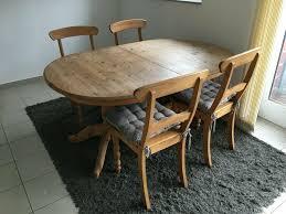 wohnzimmertisch esstisch oval aus holz mit 4 stühlen ausziehb