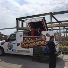 Olano's Empanadas - Milwaukee Food Trucks - Roaming Hunger