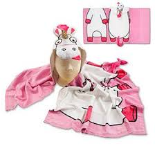 Despicable MeTM Fluffy Unicorn Hooded Towel