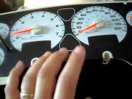 2004 dodge ram instrument panel cluster part 1