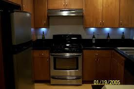 schön how to put lights kitchen cabinets not install