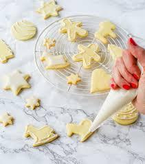 zuckerguss selber machen ideal für plätzchen oder kuchen
