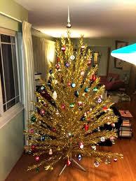 Ebay Christmas Trees With Lights by Retro Kimmer U0027s Blog 1960 U0027s Aluminum Christmas Trees