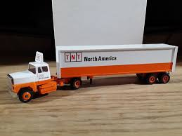 Winross Truck And Cargo Trailer TNT America 1 64 | EBay 164th Winross Ford Truck With Twin Pup Preston Trailers Buy Service Star Tractor Trailer Winross Mib Die Cast 164 Nestle Nesquik Dicast 1886199234 And Pepsicola Historical Series 9 1 64 Ebay Inventory For Sale Hobby Collector Trucks 1985 F600 Feedlot Toy Farmin Llc Presents Farm Toys Moretm Cargo Tnt America 1982 Pepsi Free White 9000 Pepsi Pinterest My New M2 Hobbytalk Howard Johnson Thursdays Chicken