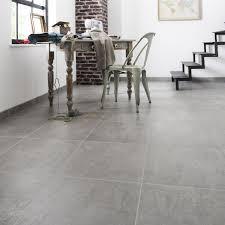 carrelage cuisine sol leroy merlin sol effet beton carrelage gris b ton alma l 45 x cm leroy merlin 14