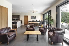 luxuriöse landhaus villa modern im englischen stil