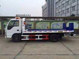 China Japan Brand Hot Sale 3 Ton Flatbed Wrecker Towing Truck ...