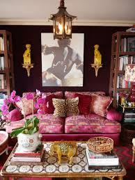 canapé style indien 1001 idées pour aménager en fuchsia couleur des intérieurs