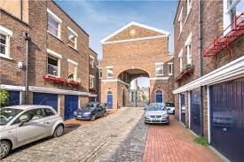 100 Westbourn Grove 2 Bedroom Mews Maisonette Sold In Shrewsbury Mews E