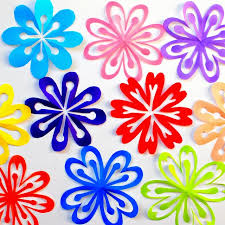 Honestly Theyre Kinda Addicting To Make Almost Like Snowflakes So Youll Soon Have A Whole Garden Of Lovely Paper Flowers