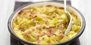cuisiner le poireaux gratin de poireaux aux lardons facile et pas cher recette sur