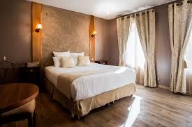 chambre d hotel avec cuisine le clos des vignes suite avec restaurant romantique