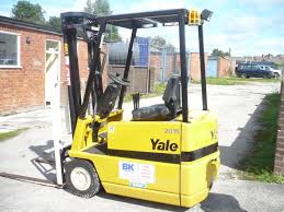 Used Electric Fork Lift Trucks | Forklift Hire Stockport | Fork Lift ... Used Toyota 8fbmt40 Electric Forklift Trucks Year 2015 Price Fork Lift Truck Hire Telescopic Handlers Scissor Rental Forklifts 25ton Truck For Saleheavy Diesel Engine Fork Lift Bt C4e200 Nm Forktrucks Home Hyster And Yale Forklift Trucksbriggs Equipment 7 Different Types Of Forklifts What They Are For Used Repair Assets Sale Close Brothers Asset Finance Crown Australia Keith Rhodes Machinery Itallations Ltd Caterpillar F30 Sale Mascus Usa